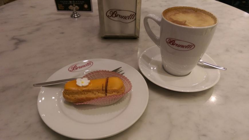 Brunetti's - Cake Mecca